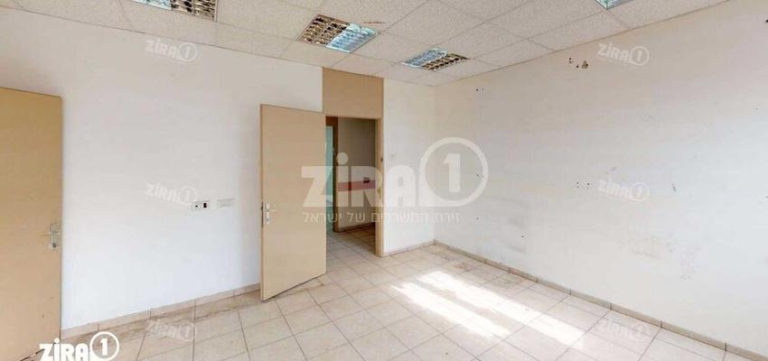 משרד בבניין בניין השדרה | קומה 1 | שטח 150מ״ר  | תמונה #0 - 1