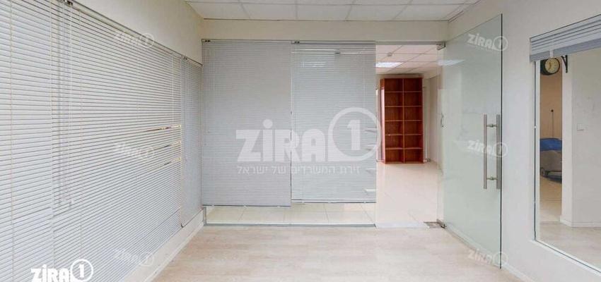 משרד בבניין בית אשבד   קומה 2   שטח 134מ״ר    תמונה #0 - 1