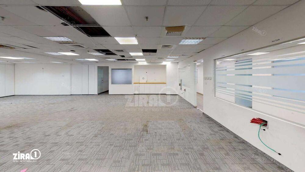 משרד בבניין בנייין A | קומה 2 | שטח 890מ״ר  | תמונה #0 - 1