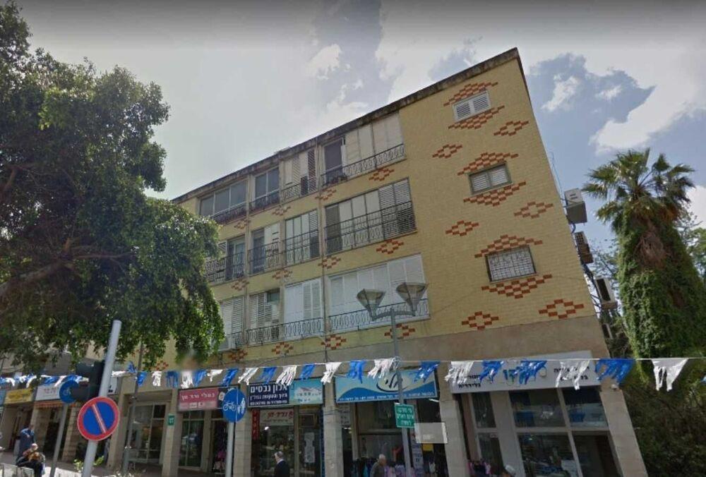 בניין בית אחוזה ברעננה | רמת הבניין classC | תמונה #0 - 1