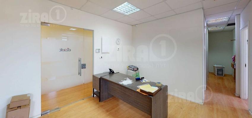 משרד בבניין בית כנרת   קומה 5   שטח 93מ״ר    תמונה #0 - 1