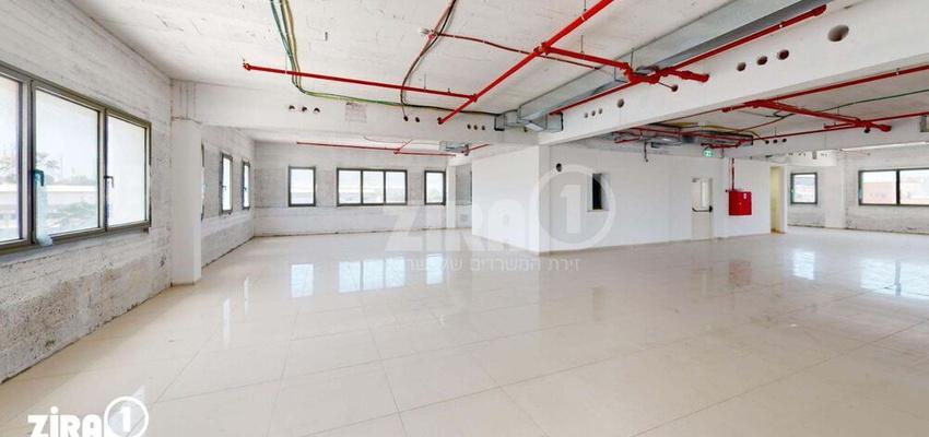 משרד בבניין בניין החרש | קומה 2 | שטח 700מ״ר  | תמונה #0 - 1