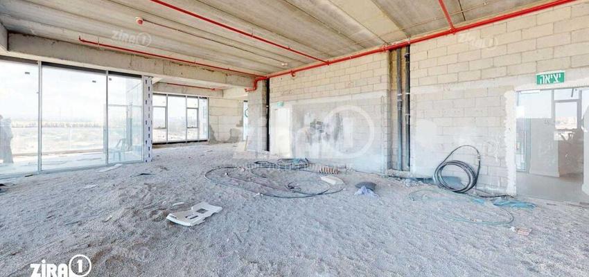 משרד בבניין שער העיר  | קומה 2 | שטח 240מ״ר  | תמונה #0 - 1