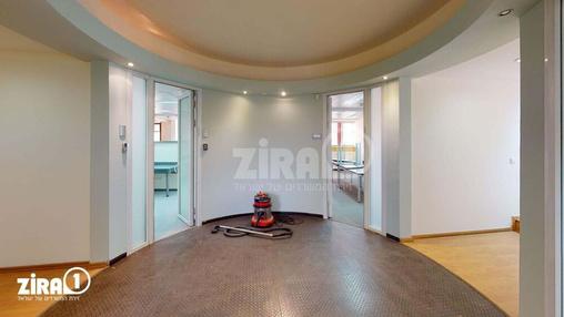 משרד בבניין בית בני מאיר | קומה 3 | שטח 230מ״ר  | תמונה #12 - 1