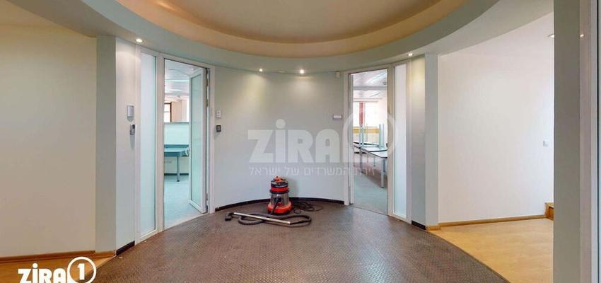 משרד בבניין בית בני מאיר   קומה 3   שטח 220מ״ר    תמונה #0 - 1