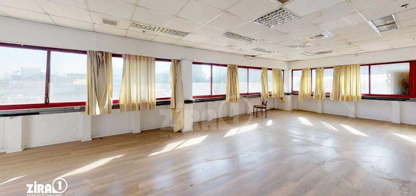 משרד בבניין בית פריזמה הישן | קומה 1 | שטח 520מ״ר  | תמונה #0 - 1