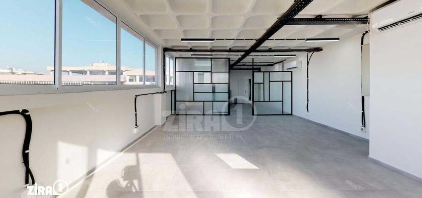 משרד בבניין בית טירן | קומה 1 | שטח 100מ״ר  | תמונה #0 - 1