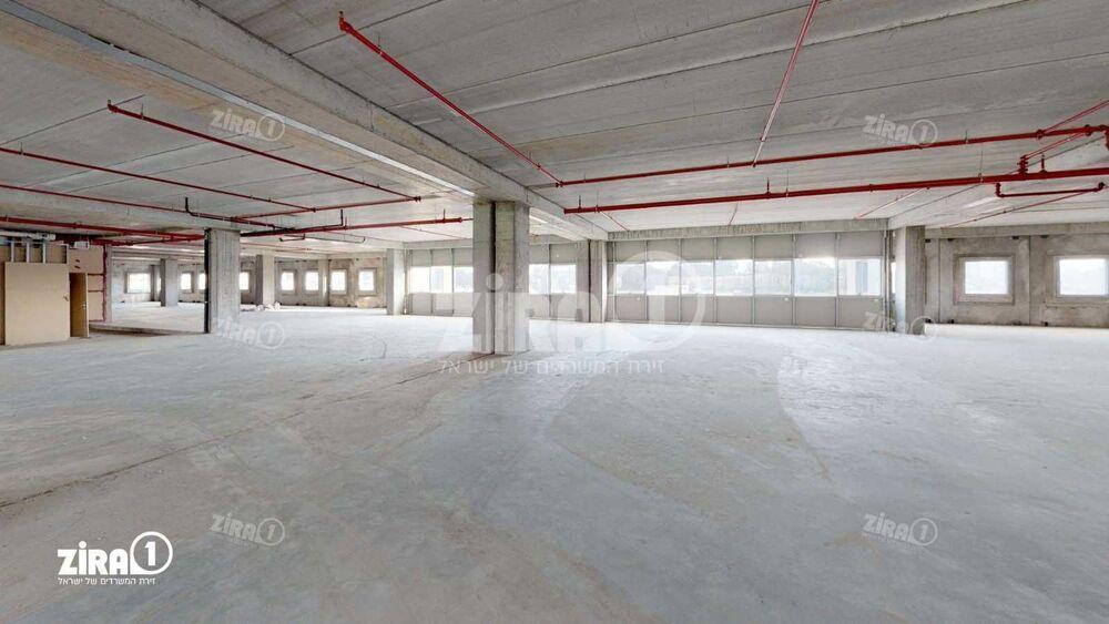 משרד בבניין בית המרטון - בניין C  | קומה: 3 | שטח 1100 תמונה | מ׳׳ר #6 - 1