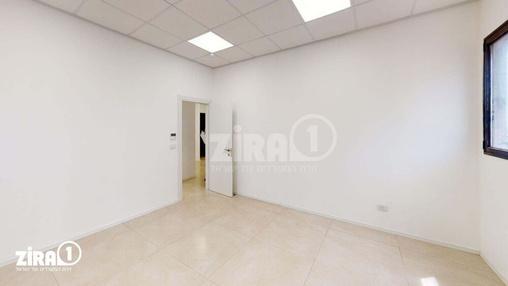 משרד בבניין בניין קורן 2 | קומה 8 | שטח 130מ״ר  | תמונה #11 - 1