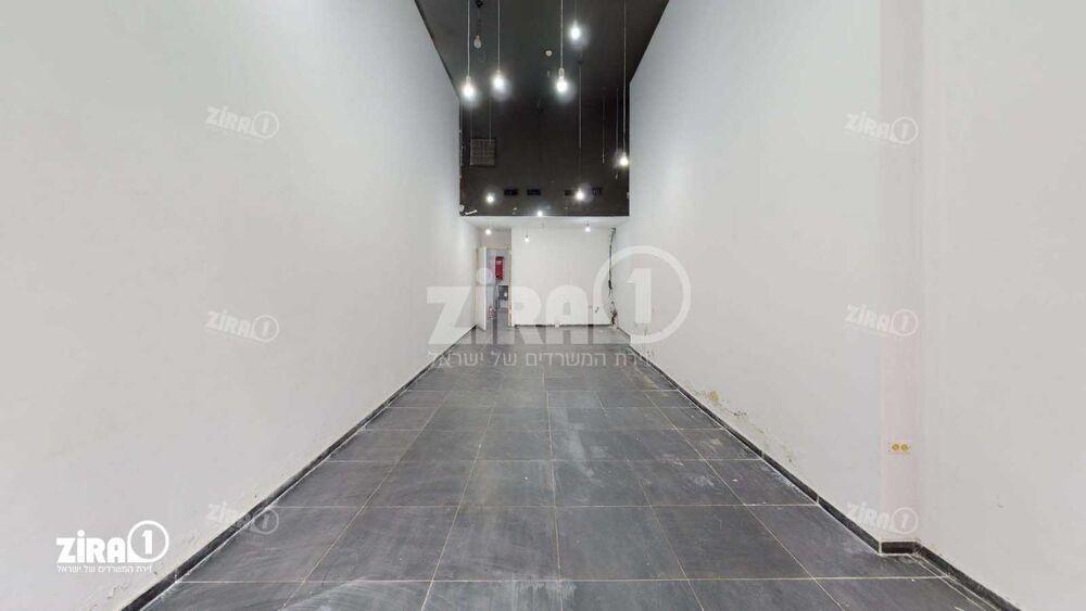 """משרד בבניין תרמ""""ב 13   קומה: 0   שטח 123 תמונה   מ׳׳ר #10 - 1"""